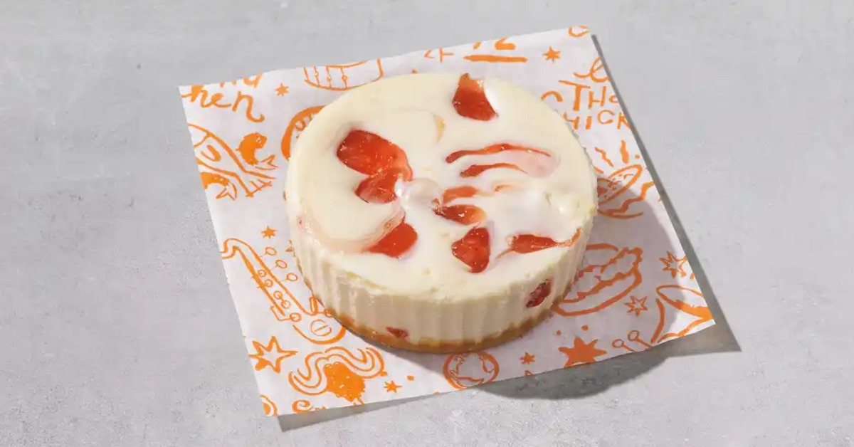 popeyes strawberry cheesecake review